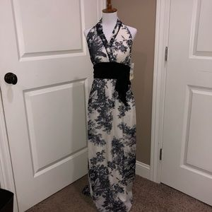 Sangria long dress floral new with tags small